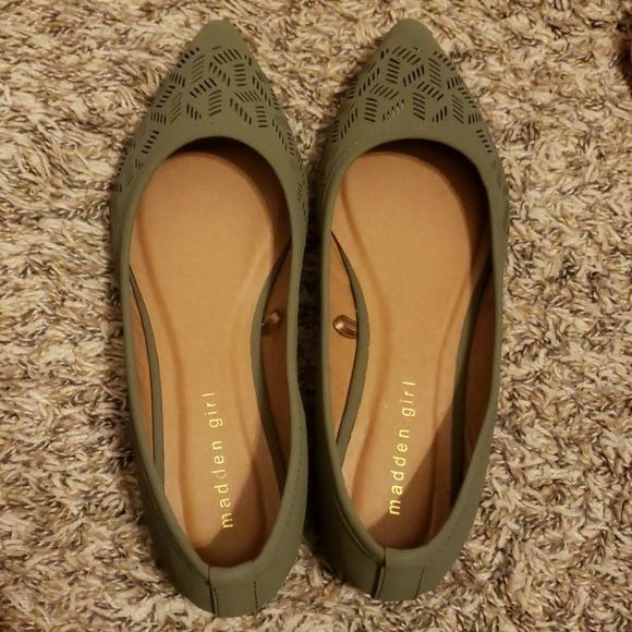 Shoes   Madden Girl Flats   Poshmark